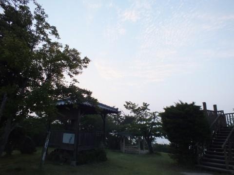 朝日山夜明け